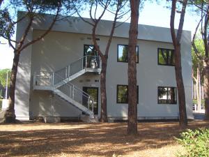 Modulcasa line prefabbricati coibentati edificio for Centro uffici roma